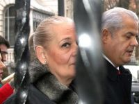 Adrian Nastase, condamnat definitiv la 4 ani de inchisoare cu executare in dosarul Zambaccian. 1,8 mil. lei, bani confiscati de la familia Nastase