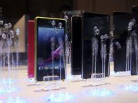 Batalia smartphone-urilor ieftine la CES. Cu ce noutati vin Huawei, Lenovo si Sony
