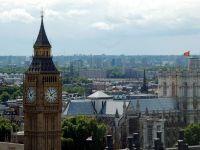 Primul imigrant roman ajuns in Marea Britanie in 2014 a fost concediat pentru ca vorbea prea mult la telefon