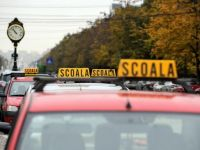 Situatie fara precedent in cazul instructorilor auto. Cei care vor sa obtina permisul de conducere nu sunt acceptati la examen din cauza unui vid legislativ