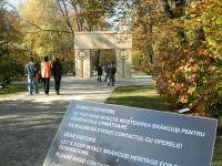 Ministrul Turismului: Romania va fi promovata in strainatate prin intermediul pictorilor si sculptorilor romani
