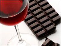Studiu: Ciocolata si vinul rosu pot preveni diabetul