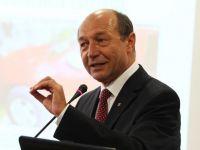 """Basescu: """"Romania sa se uite bine la economia ei, sa vada daca e suficient de competitiva pentru a intra in zona euro. Restructurarea trebuie sa fie cuvantul de ordine in sectorul de stat"""""""