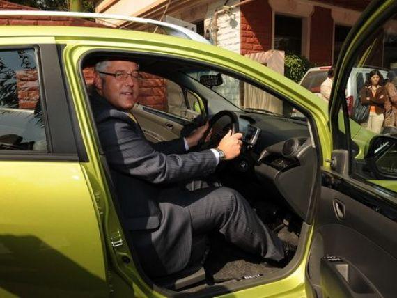 Dacia si Ford au produs masini de 5 mld. euro, Finantele schimba modificarea: cum vor fi obligate firmele sa certifice declaratiile fiscale, iar seful Tata Motors a murit in Thailanda