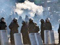 """Criza din Ucraina. Congresul SUA vrea sanctiuni pentru Kiev. Presedintele Frantei: """"Situatia de acolo e grava"""""""