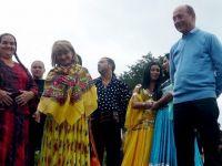 """Basescu: """"Romii de pe strazile Europei deranjeaza mai mult decat un bancher care dispare cu 10 mld. euro"""""""