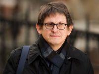Jurnalistii The Guardian au distrus hard diskuri cu date secrete obtinute de la Snowden, in prezenta serviciilor de informatii britanice