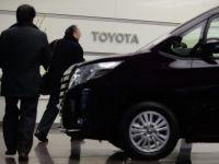 Toyota, cel mai mare producator auto, anticipeaza un profit anual dublu si record. Cat castigurile combinate ale GM si Volkswagen