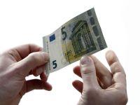 Cursul a urcat usor, la 4,4669 lei/euro, dupa sapte sesiuni de scadere