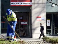 Aproape 900.000 de spanioli şi-au pierdut locurile de muncă după introducerea măsurilor de izolare, în contextul pandemiei