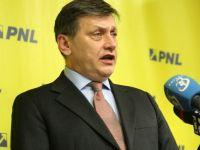 Antonescu traseaza primele sarcini noilor ministri. Nicolaescu sa scuteasca de impozit profitul reinvestit si sa reduca CAS, iar Atanasiu sa gaseasca solutii pentru Rosia Montana