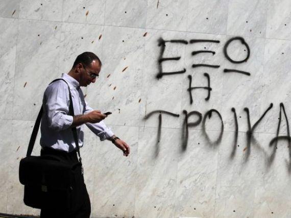 Strainii isi pot depozita din nou averile in Cipru. Singurul stat din UE care a confiscat din depozitele bancare va relaxa  semnificativ  masurile de control al capitalului