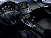 Noul Ford Focus, cu motor produs la Craiova, lansat. Poze oficiale cu berlina si cu break-ul. Primul model in 3 cilindri