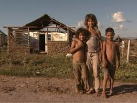 Reportaj din Romania paralela: Peste 30 de ani, romii pe care astazi ii ignoram vor trebui sa ne plateasca pensiile