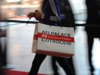 Un magazin Collective, cu branduri premium precum Polo Ralph Lauren, Calvin Klein sau DKNY Jeans va fi deschis in AFI Cotroceni. Vanzarile mall-ului au depasit 200 mil. euro in 2013