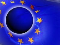Gigantii care ameninta din nou stabilitatea Europei. CE avertizeaza ca Italia are grave probleme economice, iar Franta va rata tinta de deficit bugetar