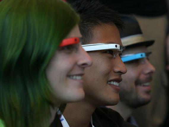 Viitorul este al dispozitivelor purtabile. Google pregateste Android pentru noua generatie de tehnologie destinata ceasurilor sofisticate si jachetelor inteligente