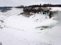 Estul Canadei, afectat de o furtuna de zapada