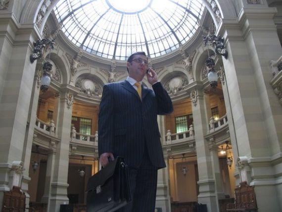 CEC Bank va fi transformata intr-o banca pentru IMM-uri. Geoana:  Antreprenorii romani au fost cei mai vaduviti de finantare in criza