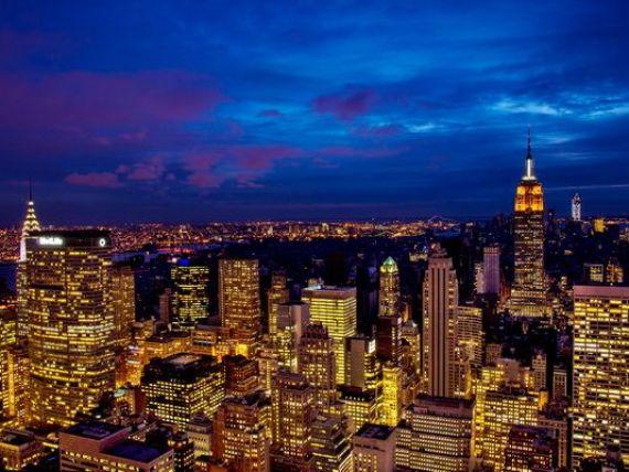 New York a devenit cel mai mare centru financiar al lumii, devansand Londra, zguduita de o serie de scandaluri de manipulare a pietelor. Asia vine puternic din urma
