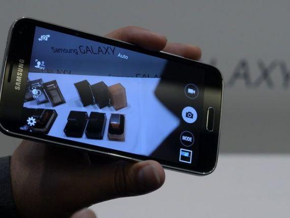 Casa Alba ar putea inlocui BlackBerry cu smartphone-uri Samsung sau LG