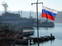 """""""Romania, TE IUBESC"""": Culisele crizei de la granita tarii, intr-un reportaj din Sevastopol. Imagini cu navele rusesti din Marea Neagra"""