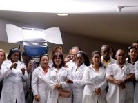Cuba creste de doua ori salariile doctorilor. Un medic cu dubla specializare va primi 67 de dolari