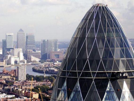 Familia regala britanica si Banca Angliei se tem de un soc speculativ pe piata imobiliara. Preturile locuintelor in Londra au crescut cu 40%, in 6 ani