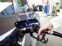 Benzina si motorina se scumpesc din nou. S-au apropiat de 6 lei litrul