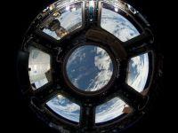 NASA a suspendat contactele cu Rusia