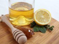 Afacere sanatoasa. Desi doar 5% din mierea produsa in Romania este certificata bio, 80% merge la export