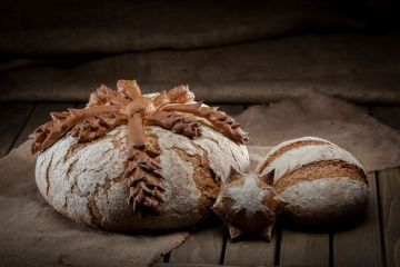 O afacere in plin avant. Romanii, sedusi de brutariile artizanale, unde produsele sunt de 4 ori mai scumpe decat cele traditionale