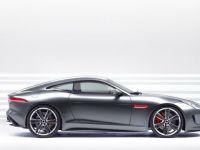 Jaguar mizeaza pe noul model XE pentru a creste vanzarile de doua ori