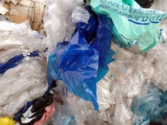 Statele UE, obligate sa reduca folosirea pungilor de plastic cu minimum 80%