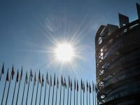 Scandal in PE. Numarul mare al asistentilor angajati de europarlamentari, in atentia Oficiului European Antifrauda si a Parchetului francez. Care este situatia Romaniei