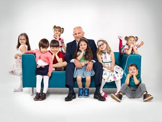 (P) Noua reclama Salam Sasesc a transformat opt copii talentati in mari vedete