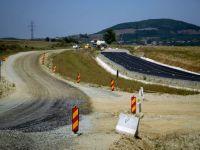 Doar incertitudinea este sigura pe santierele autostrazilor din Romania. Drumurile in constructie, blocate pe termen nedefinit de lipsa banilor, alunecari de teren si birocratie