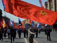 100.000 de oameni au defilat in Piata Rosie, din Moscova, pentru un 1 Mai patriotic