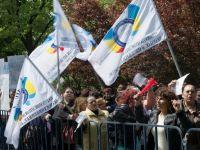 Aproape 100 de angajati de la metrou au protestat la Ministerul Transporturilor