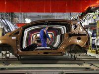 Ford renunta la trei din cele sase zile anuntate fara productie la Craiova, dupa o comanda de 900 B-Max