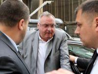 Dan Adamescu, patronul Unirea Shopping Center si al trustului Romania Libera, urmarit penal pentru ca ar fi dat mita 20.000 de euro judecatorilor Stanciu si Roventa, arestati pentru coruptie