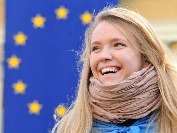 Ce cred tinerii despre Europa: speranta in est, dezamagire in vest. AFP: Romanii, iesiti de sub dictatura de un sfert de secol, au mare incredere in proiectul european