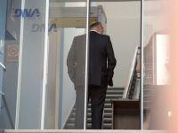 Doi salariati Petrom, retinuti de DNA, intr-o ancheta care vizeaza o potentiala vanzare a unui imobil dezafectat