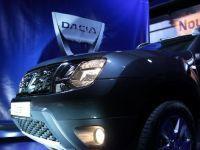 Noua Dacia a fost surprinsa fara deghizare la teste. Cum arata masina pregatita pentru lansarea oficiala din 2015. FOTO
