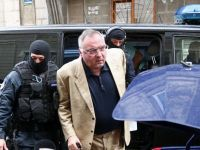 Omul de afaceri Dan Adamescu a fost arestat preventiv, fiind acuzat de dare de mita pentru a obtine solutii favorabile in doua dosare de insolventa