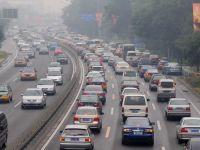 Restituirea taxei de poluare incasate ilegal se face in transe anuale, pe cinci ani. Celor care au datorii la stat li se opresc banii pentru achitarea restantelor