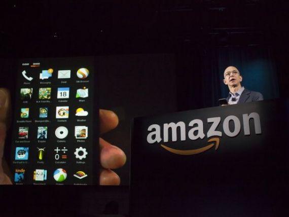 Amazon a lansat Fire Phone. Pe ecran imaginile par 3D. Bezos: Poti indrepta smartphone-ul catre un produs si apoi sa-l comanzi online. Preturi si caracteristici. GALERIE FOTO