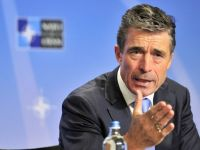 """Secretarul general al NATO acuza Rusia ca duce """"o campanie sofisticata"""" impotriva gazelor de sist, folosind militantii ecologisti pentru a pastra Europa dependenta de gazele sale"""