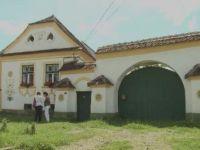 """""""Casa de turta dulce"""" de langa Brasov. Cum a fost transformata o locuinta din 1777 intr-un monument inclus, astazi, in patrimoniul UNESCO"""