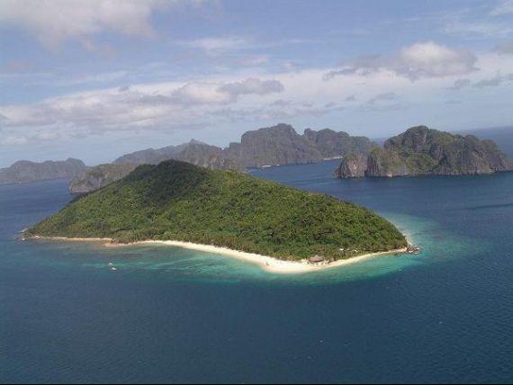 Beijingul copiaza Dubaiul si construieste insule artificiale in Marea Chinei de Sud, pentru a prelua controlul rezervelor de petrol si gaze